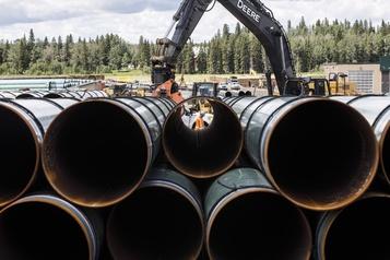 Baisse de la demande du pétrole Trans Mountain n'est plus viable, disent une centaine d'économistes et d'experts )