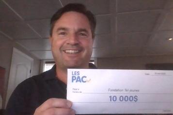10 000$ à Tel-Jeunes)