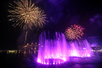 Dubaï a la plus large fontaine au monde)