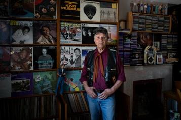 Robert Lacire, l'homme aux 21 tonnes de vinyles)