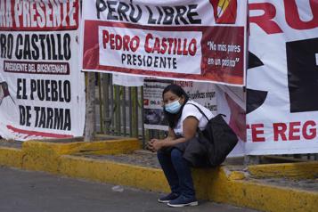 Élection présidentielle au Pérou Le tribunal électoral prévoit annoncer le vainqueur le 20juillet)