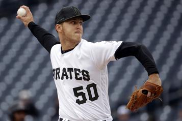 Le lanceur Jameson Taillon rejoint les Yankees)