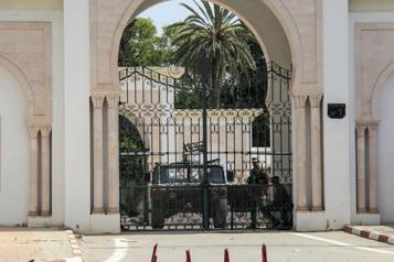 Crise politique Dix ans après la révolution, la Tunisie à un tournant)