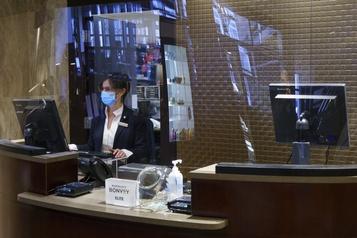 Industrie hôtelière montréalaise Les hôteliers craignent d'être la cible d'investisseurs étrangers )