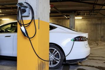 Plus de 100000véhicules électriques sur les routes québécoises)