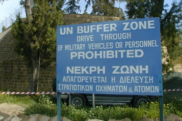 Les États-Unis rejettent la solution à deux États pour Chypre)