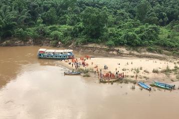 Inde: toujours 39 disparus dans le naufrage d'un bateau