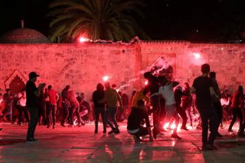 Une nouvelle escalade redoutée à Jérusalem après une nuit de violences)