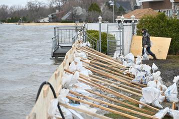 Inondations: Québec veut uniformiser les règles pour la couronne nord