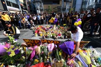 Kobe Bryant: l'enquête se poursuit au milieu des hommages