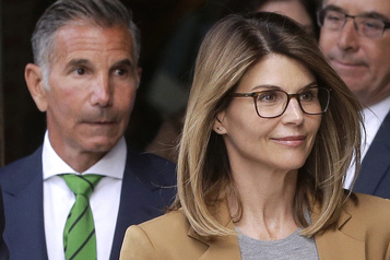 Corruption/université : le procès de l'actrice Lori Loughlin fixé au 5 octobre