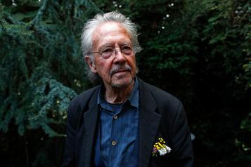 Le Nobel de littératuredéfend son soutien à la Serbie