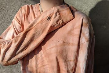 T-shirts rosés signés Eden Power Corp et Pinard etfilles