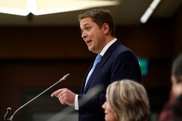 Direction du PCC: pas question de se laisser distraire, dit Scheer