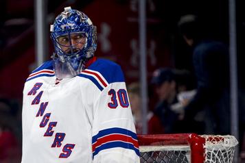 Les Rangers rachètent le contrat de Lundqvist)