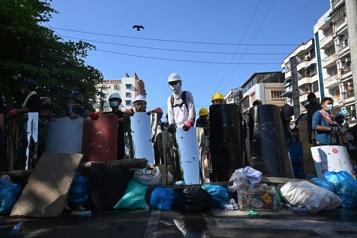 Birmanie «On se dirige vers une escalade de la violence»)
