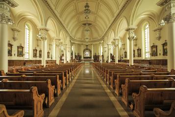 Les églises préparent leur réouverture)