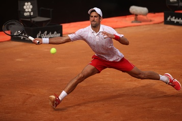 Djokovic poursuit sa route à Rome)
