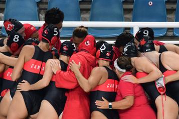 Water-polo Les Canadiennes premières du groupe A)