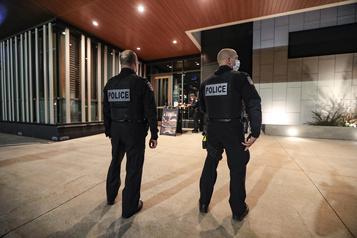 Surveillance policière dans les bars «Ça prend une discipline collective» )