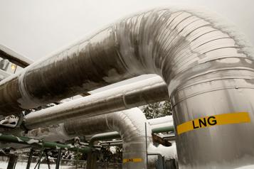 Projet d'usine de liquéfaction de gaz naturel Un «passe-droit» pour éviter une évaluation environnementale)