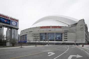 Le camp d'entraînement des Blue Jays se tiendra à Toronto)