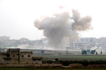 Syrie: escalade après de lourdes pertes turques, Erdogan et Poutine se parlent