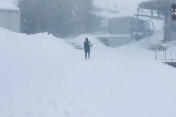 Chutes de neige inhabituelles dans les montagnes Tatras)