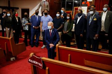 Mort de George Floyd: Biden rencontre des responsables afro-américains)