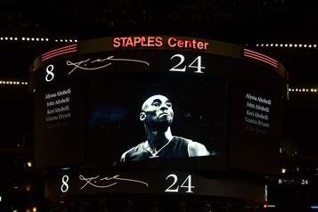 Retour au jeu émouvant des Lakers après le décès de Kobe Bryant