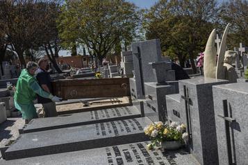Espagne: 769 morts en 24heures, nouveau record