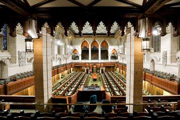 Retour du Parlement Les conservateurs insatisfaits du vote à distance)