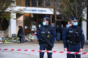 Professeur décapité en France Le meurtrier en contact avec un djihadiste en Syrie)