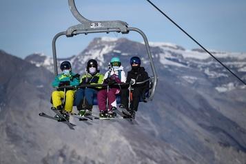 COVID-19 «Tous en piste», credo des stations de ski suisses)