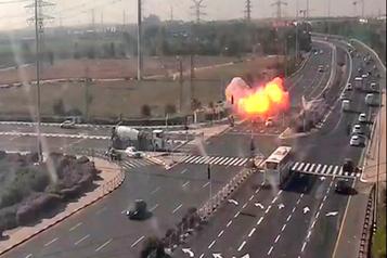 Israël tue un commandant palestinien, 200 roquettes en représailles