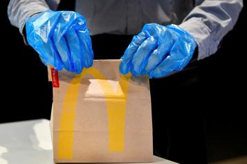 Les ventes au volant sauvent McDonald's)