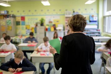 Écoles: panique après l'annonce de conventions collectives suspendues)