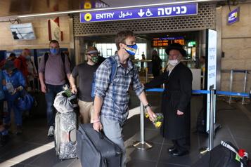 Hausse des cas de COVID-19 Israël reporte l'arrivée des touristes)