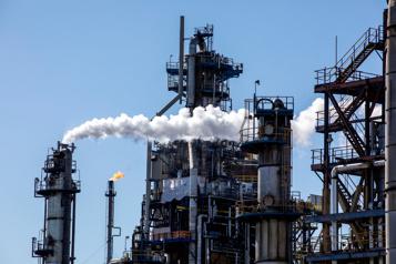 Résultats trimestriels  L'Impériale a produit 401000barils de pétrole par jour et gagné 366millions de dollars)