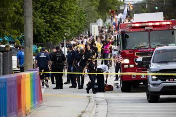 Un défilé de la fierté gaie tourne au drame en Floride)