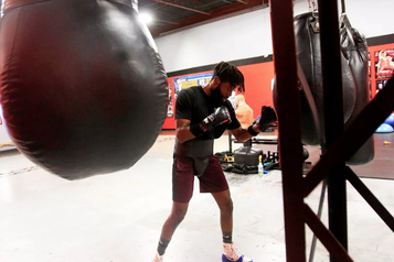 Boxe Patrice Volny se rapproche du titre de Gennady Golovkin)