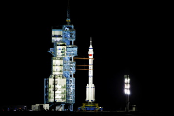 Les astronautes chinois arrivent dans leur station spatiale