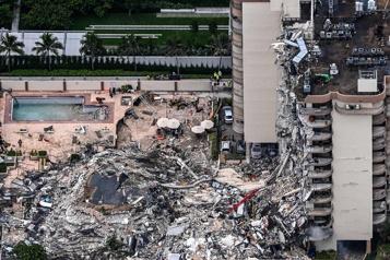 Immeuble effondré en Floride Au moins quatre morts et 159personnes manquant à l'appel)