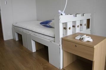 Village olympique Les lits « anti-sexe » en carton font polémique )