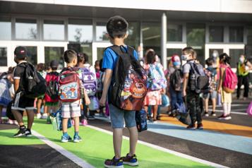 Enseignante antivaccin dans une école primaire Pas un cas isolé)