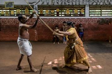 Inde Meenakshi Amma perpétue le kalari, art martial ancestral