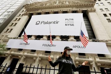 COVID-19 La société Palantir va aider les É.-U. à suivre le déploiement du vaccin)