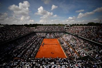 Un peu de liberté pour les joueurs à Roland-Garros)