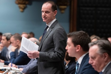 Québec resserre l'encadrement des agences de crédit