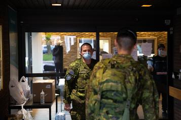 CHSLD: Trudeau aura du «sang sur les mains» s'il décide de retirer les militaires)